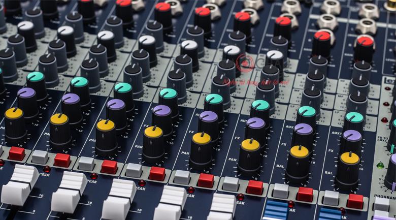 soundcraft efx8 4